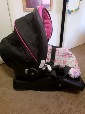 Set stroller and carrier seat together or separately for Sale in Irving, TX