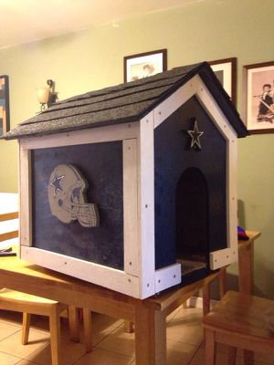 COWBOYS theme small dog house for Sale in Dallas, TX