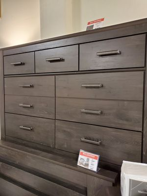 Dresser, Black for Sale in Fountain Valley, CA