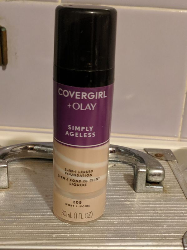 CoverGirl Simply Ageless Foundation