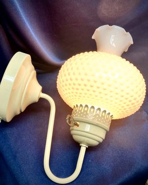 "Vintage White Milk Glass Hobnail ""Milk Glass"" Wall Mount Lamp w/ Cord and Plug -Cottage Chic for Sale in Alamogordo, NM"