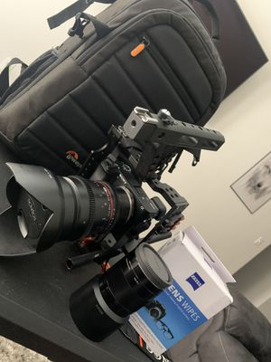Sony A6300 FULLY LOADED WITH EXTRAS for Sale in Dallas, TX