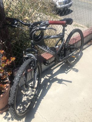 Hyper men's mountain bike for Sale in San Diego, CA