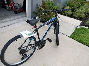 New Men's Roadmaster bike 26 inches for Sale in Tampa, FL