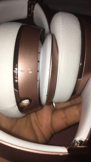 Solo beats wireless headphones for Sale in San Antonio, TX