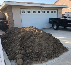 FREE Clean landscape/planter dirt. Pick up only. for Sale in Santa Ana, CA