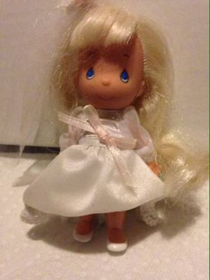 Precious Moments bride doll for Sale in San Leandro, CA
