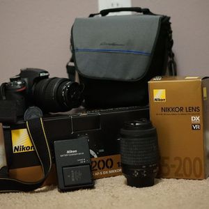 Nikon D3200 Kit With 2 Lenses! for Sale in Fort Collins, CO