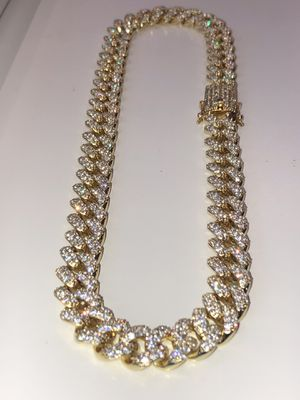Iced out 14k gold PVD plated finish flooded diamonds Miami Cuban link Chain 14mm for Sale in Philadelphia, PA