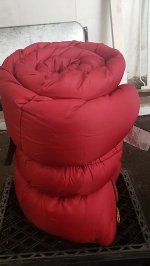 DuPont Hollowfill sleeping bag for Sale in Los Angeles, CA