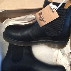 Dr. Martens Chelsea (2976 Model) Boots. Woman's Size 6 for Sale in Murfreesboro, TN