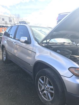 2005 BMW X5 3.0 - PARTS TRUCK for Sale in Philadelphia, PA