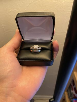 3/4 carat engagement ring and white gold band size 7 for Sale in Columbia, MD