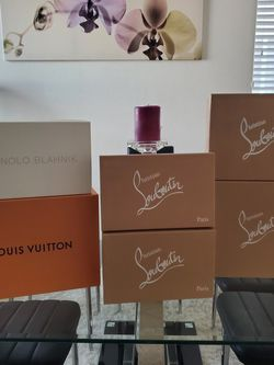 (1)Louis Vuitton, (4)Louboutin, And (1)Manolo EMPTY boxes for Sale in Sloan,  NV