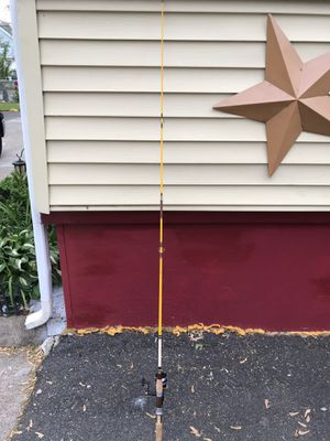Brand new fishing rod new new 40$ wont last comes with hook floating ball great for salt water fishing or fresh water fishing won't last for Sale in Lynn, MA