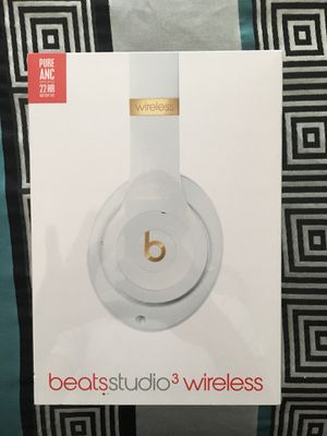 Beats by Dre Studio 3s Wireless for Sale in Miramar, FL