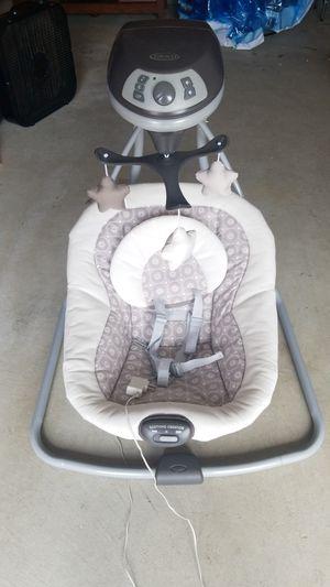 Graco Baby Swing for Sale in Chesapeake, VA