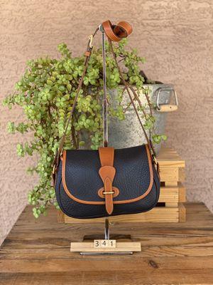 Dooney and Bourke crossbody messenger bag for Sale in Goodyear, AZ
