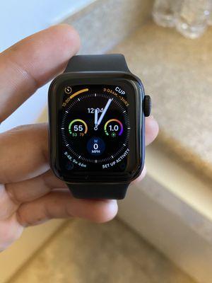 Apple Watch 5 series for Sale in Alexandria, VA
