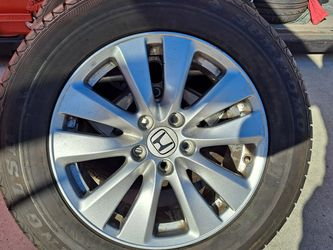 Honda OEM 17 Inches Rims With New Tires for Sale in Moreno Valley,  CA