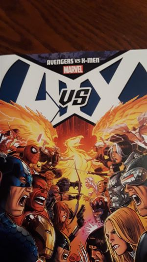 AVENGERS VS X-MEN MARVEL Comic book for Sale in New York, NY