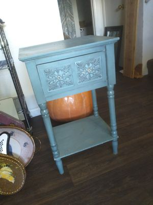 End table for Sale in Youngtown, AZ