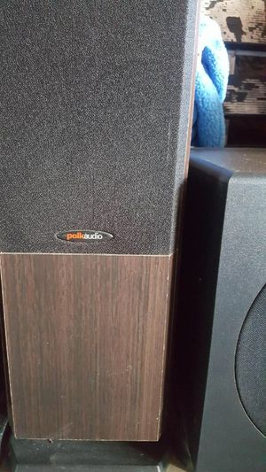 2 Polk Audio tower speakers with center channel and KLH sub woofer $250 or obo for Sale in Palmdale, CA