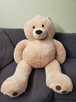 Huge Teddy Bear 5 ft Big for Sale in The Bronx, NY