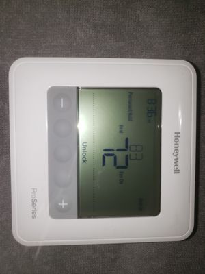 HONEYWEll thermostat in perfect condition for Sale in Denver, CO