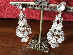 Hattie Carnegie Chandelier Earrings for Sale in Sierra Vista, AZ