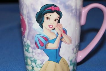 Classic Disney Snow White Mug for Sale in Lake Forest Park,  WA