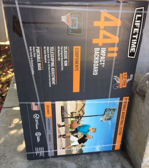 """Lifetime 44"""" impact portable basketball hoop for outdoors new for Sale in National City, CA"""
