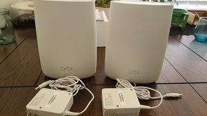 NETGEAR Orbi RBR50 with one satellite for Sale in Los Angeles, CA