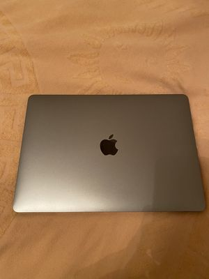Macbook Pro 2017. Low battery cycles. Flawless condition for Sale in Austin, TX