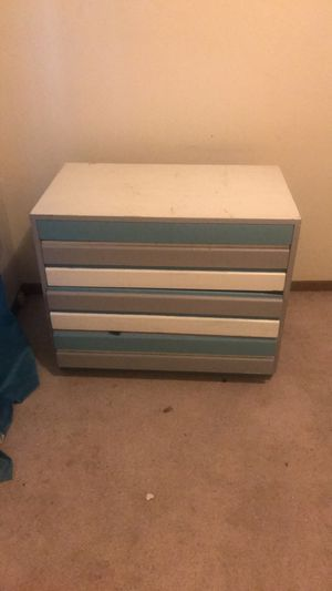 Dresser for Sale in Fort Dodge, IA