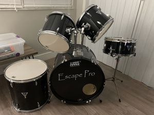 Escape pro drums for Sale in Miami, FL