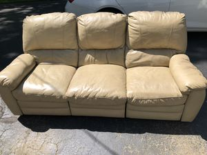 Dual reclining leather couch for Sale in Meadville, PA