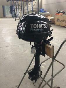 2.5 tohatsu 4 stroke with dingy for Sale in Miami, FL