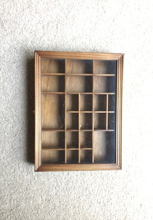 Display Case for Sale in Bristow, VA