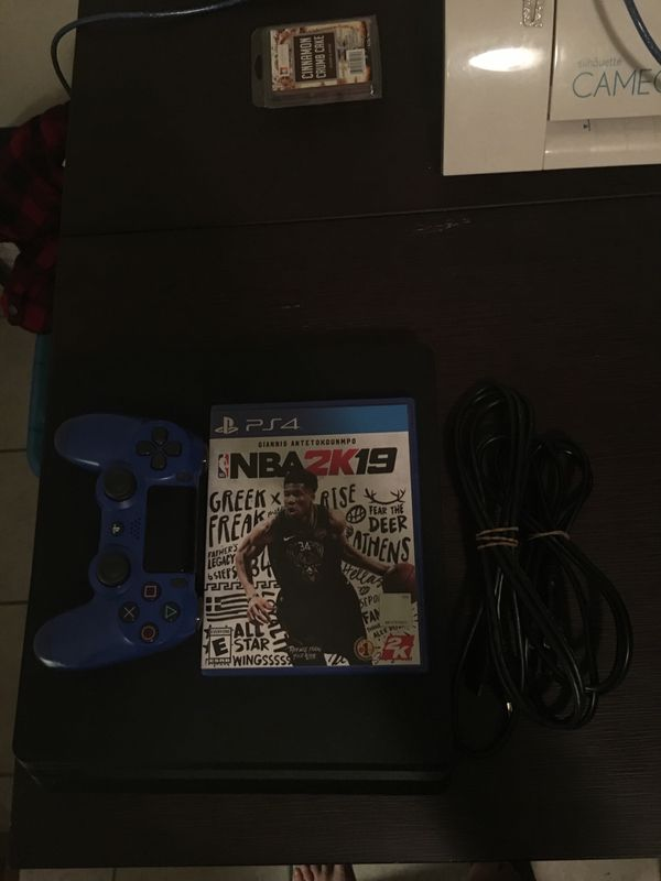 PlayStation 4 (slim) Comes with Cords Controller and NBA 2k19