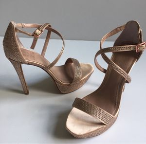 Vince Camuto rose gold jeweled high heel platforms. Size 8.5 for Sale in San Angelo, TX