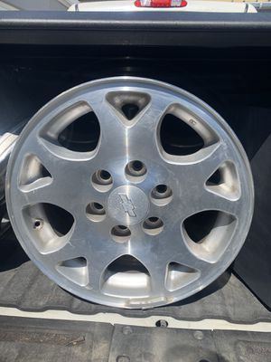 GM 6 lug wheels for Sale in Pismo Beach, CA