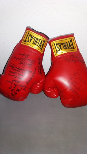 signed boxing gloves for Sale in Upland, CA