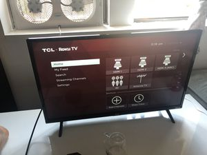 TCL ROKU Tv 32 for Sale in Brooklyn, NY