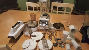 Oster kitchen center blender mixer chopper for Sale in Round Rock, TX