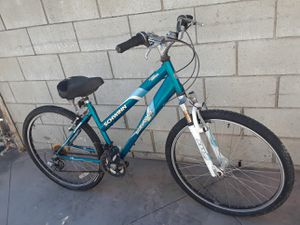 Bicicleta for Sale in Sylmar, CA
