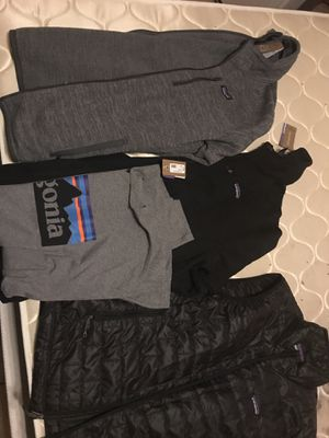 Brand new men's Patagonia sweater vest collection set with tags MSRP 600$ for Sale in Mesa, AZ