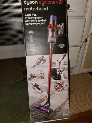 Dyson V10 Cyclone stick vacuum for Sale in Douglasville, GA
