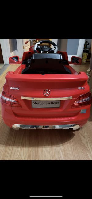 Electric Mercedes for toddlers for Sale in Johnston, RI