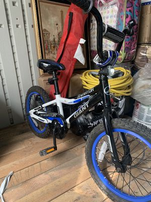 Bike kid giant for Sale in Federal Heights, CO